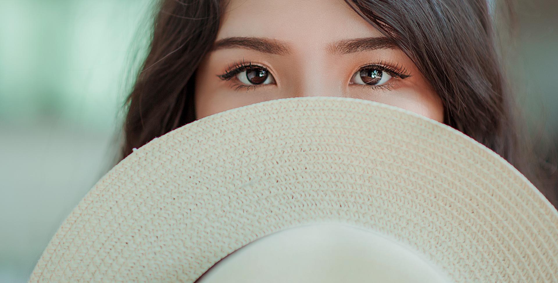 occhi a mandorla